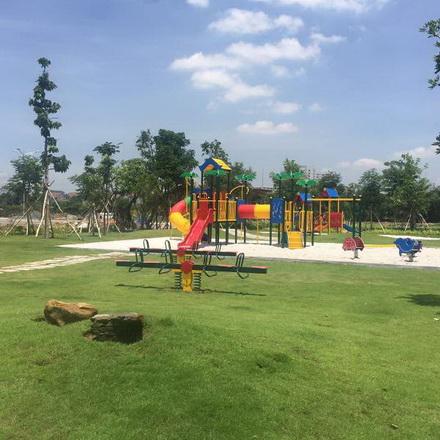 Khu vui chơi trẻ em trong dự án đã hoàn thiện.