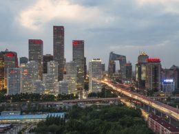 Thị trường bất động sản Trung Quốc giao dịch sôi động.