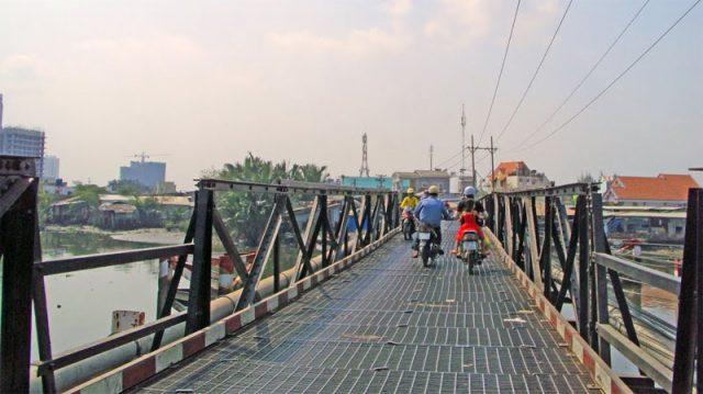 Cầu Rạch Đỉa 1 nối Nhà Bè - Quận 7.