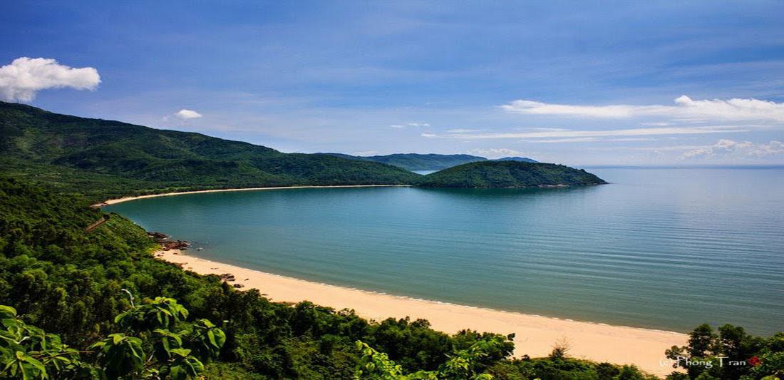 Bãi biển khu vực xây dựng dự án Vinpearl Làng Vân Đà Nẵng.