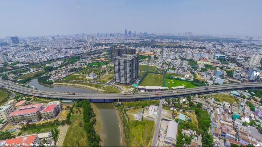 Hướng nhìn toàn cảnh khu Nam Sài Gòn và trung tâm thành phố từ Penthouse The View Riviera Point.