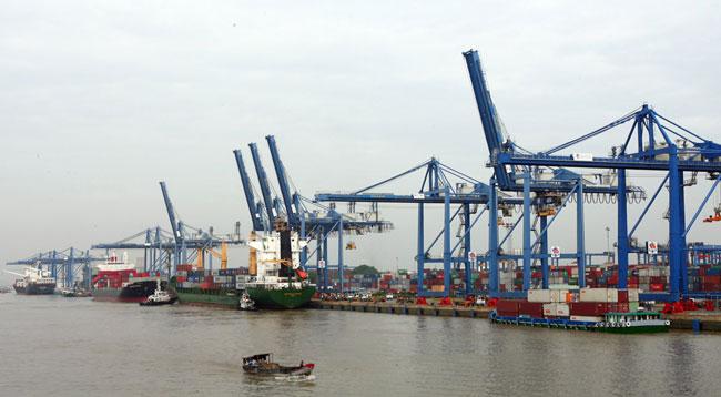 Các cảng nội đô TP.HCM sẽ dần được di dời ra khu vực ngoại ô thành phố.