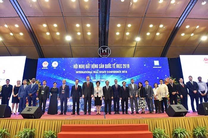Đại biểu tham dự sự kiện IREC 2018.